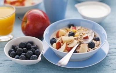 Una buona colazione fornisce le giuste energie per affrontare la giornata e l'allenamento