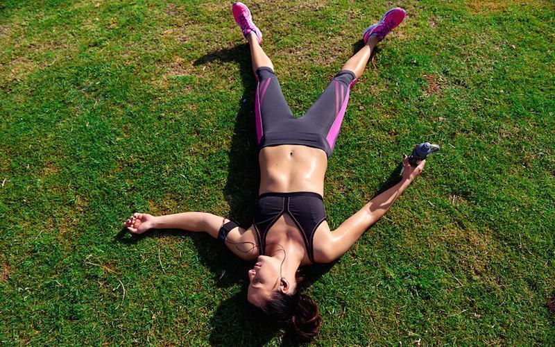 Fatica vs ritmo: come sopravvivere alla corsa in estate